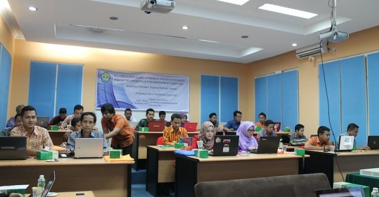 TIK UR Laksanakan Pelatihan Pengelolaan Website Prodi dan Jurusan se-UR